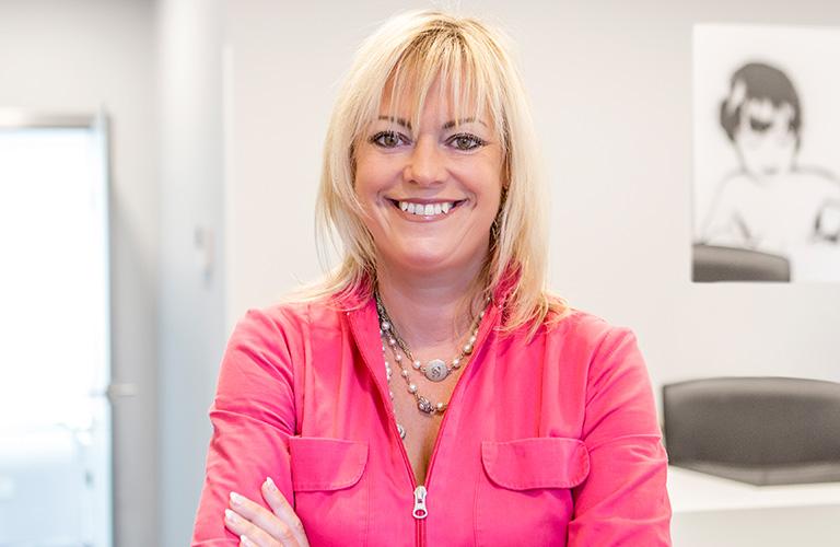 Isabelle Holtz - Orthodontie et esthétique